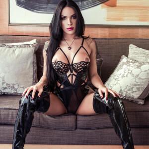 Mistress Bruna Ferra TS Escort